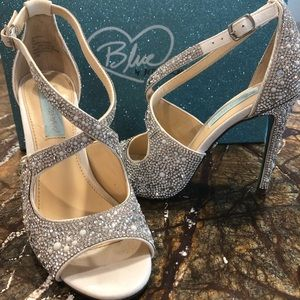 Betsy Johnson Blue bejeweled strapping heel